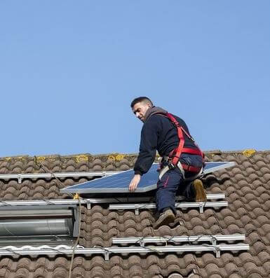 veiligheid zonnepanelen leggen